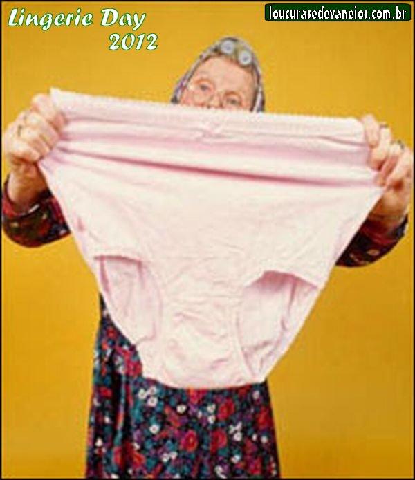 фото бабушек голых в трусиках